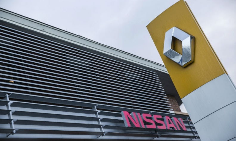 Nissan expands Ghosn probe to European affiliates